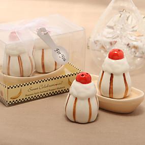 billige Praktiske gaver-Søt dessert Design Keramiske Salt & Pepper Shakers (sett på 2)
