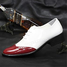 baratos Oxfords Masculinos-Homens Sapatos formais Couro Envernizado Primavera / Verão Formais Oxfords Caminhada Preto / Amarelo / Vermelho / Casamento / Festas & Noite / Sapatos de vestir