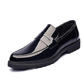 baratos Sapatilhas e Mocassins Masculinos-Homens Sapatos formais Couro Envernizado Primavera & Outono Mocassins e Slip-Ons Preto / Escritório e Carreira