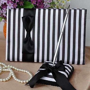 clásico de color negro y raya blanca libro de visitas y pluma conjunto
