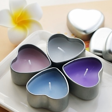 Lovely Candle With Heart Shaped Tin Holder (More Colors)