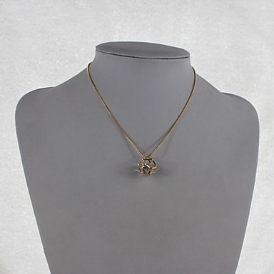 Fashion Alloy/Zircon Necklace Shining Three-dimensional Geometry Pendant Necklaces Party/Daily