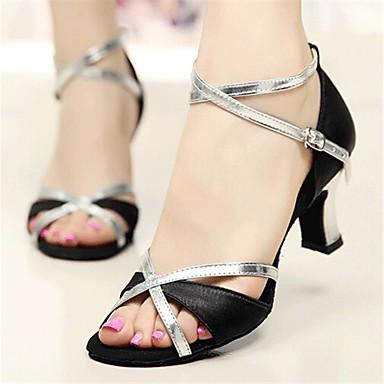 Damen Schuhe für den lateinamerikanischen Tanz / Salsa Tanzschuhe Satin Sandalen / Absätze Glitter / Schnalle Maßgefertigter Absatz Maßfertigung Tanzschuhe Silber / Golden / Innen / Leistung