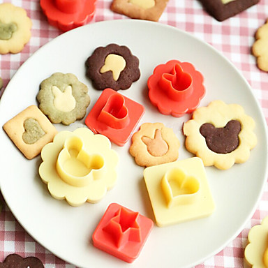 8 Pcs /Lot 3D Biscuit Cookie Molds Hollow Heart Moon Star Sun Tree Rabbit Fish Shapes Cookies Molds Suit DIY Cake Cutter