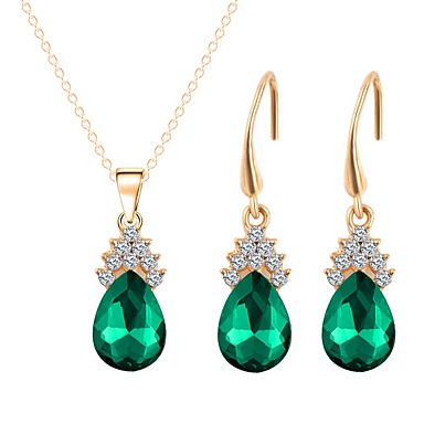 בגדי ריקוד נשים סט תכשיטים - ציפוי זהב מתוק, אופנתי לִכלוֹל שרשראות תליון ירוק עבור יומי מסיבת ערב