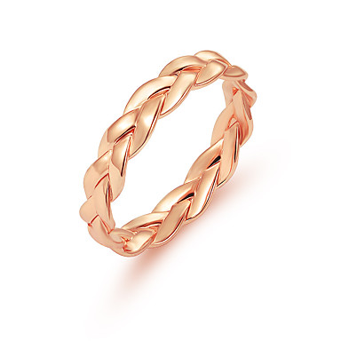ราคาถูก แหวน-สำหรับผู้หญิง Twisted วงแหวน ส่วนบุคคล ง่าย ดีไซน์เฉพาะตัว สไตล์น่ารัก แหวนแฟชั่น เครื่องประดับ สีทอง / สีเงิน สำหรับ วันเกิด ของขวัญ ทุกวัน 6 / 7 / 10