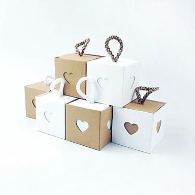 abordables Support de Cadeaux pour Invités-Cubique Papier Kraft Titulaire de Faveur avec Ceinture / Ruban Articles ménagers divers / Décoration de maison / Boîtes à cadeaux - 50 pièces