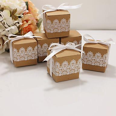abordables Support de Cadeaux pour Invités-Cubique Papier Kraft Titulaire de Faveur avec Ruban Articles ménagers divers / Boîtes à cadeaux / Boîtes Cadeaux - 50 pièces