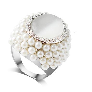 בגדי ריקוד נשים טבעת טבעת חברות פנינה 1pc לבן דמוי פנינה סגסוגת עגול פאר אלגנטית חתונה Party תכשיטים קלאסי אהבה חמוד / מתנה