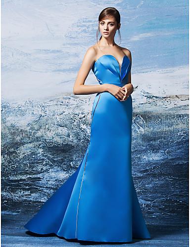 Trompete / Meerjungfrau Sweetheart Pinsel Schleppe Satin Formeller Abend Kleid mit Überkreuzte Rüschen durch TS Couture®
