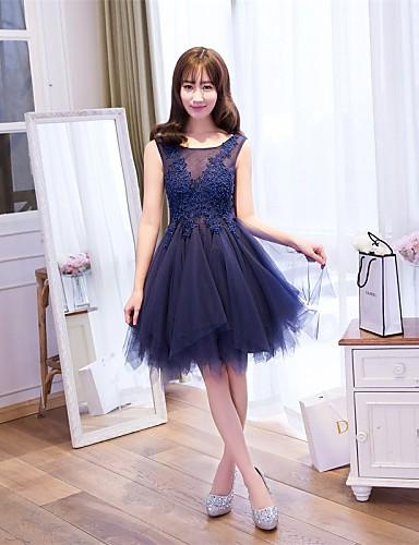 A-라인 핏 & 플레어 환상 목걸이 무릎 길이 레이스 튤 칵테일 파티 댄스 파티 드레스 와 플라워 레이스 으로 Embroidered Bridal
