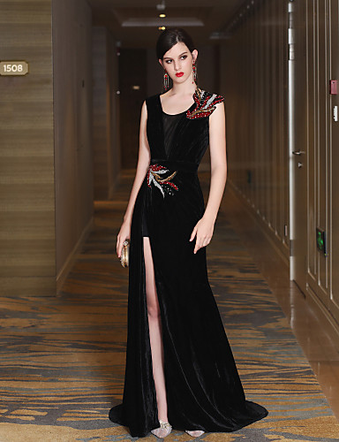 Mermaid / Trumpet V Neck Sweep / Brush Train Satin Velvet Formal Evening Dress with Crystal Detailing Bandage Side Draping by QZ