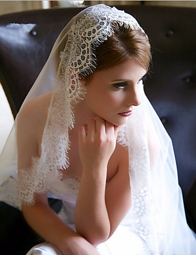 One-tier Lace Applique Edge Wedding Veil Elbow Veils Chapel Veils 53 Appliques Tulle