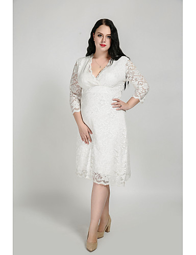 Cute Ann Women's Plus Size Cute Sheath Dress - Solid Colored Lace V Neck