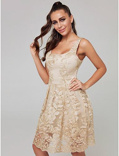 billige Kjoler til bryllupsgæster-A-linje Scoop Neck Kort / mini Blondelukning Cocktailparty Kjole med Blondeindlæg ved TS Couture®
