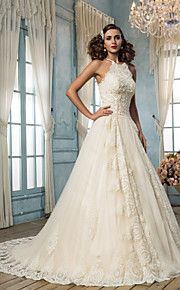 Trapèze Licou Traîne Brosse Tulle Robes de mariée personnalisées avec Billes Appliques par LAN TING BRIDE®
