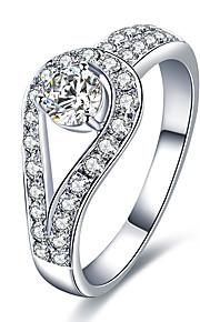 Dámské Bílá Band Ring Prsten Boxer Pokovená platina Růže pozlacená Umělé diamanty stylové Jednoduchý Evropský korejština Elegantní Fashion Ring Šperky Stříbrná Pro Svatební Dar Denní Práce Festival