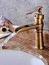 Centerset Vattenfall Keramisk Ventil Ett hål Antik koppar, Badrum Tvättställ Kran