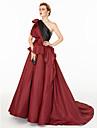 Ballkleid Ein-Schulter Hof Schleppe Satin / Taft Kleid mit Seitlich drapiert / Plissee / Farbeinheit durch TS Couture®